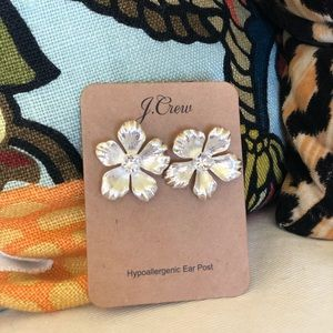NWT J Crew silver pansy earrings